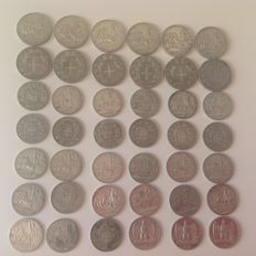 Italy, Kingdom – lot of 42 silver coins – Umberto I, Victor Emmanuel II and III