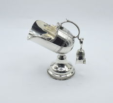 Designer a set of sugar pot, international hallmarked 900