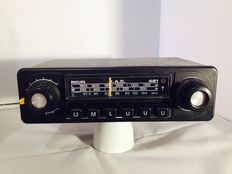 Philips 461 classic oldtimer car radio from the 1970 's Opel, Ford, Mercedes, Volkswagen.