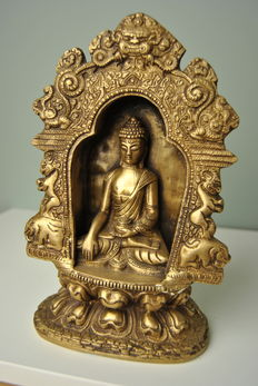 Bronze house altar with buddha - Tibet/Nepal - Late 20th century