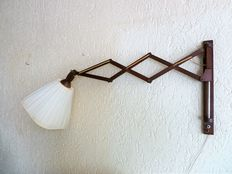 Unknown designer - Wooden scissor lamp with original shade - approx. 1960-70 - Netherlands