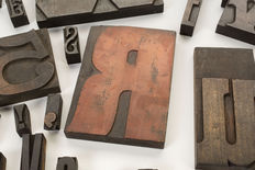 39 old wooden block letters, early 20th century
