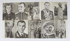 Russia/Ussr. 25 vintage photo cards with Yuri Gagarin