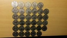 United Kingdom - 25 New Pence 1977 '25th anniversary of Accession of Elizabeth II' (34 pieces)
