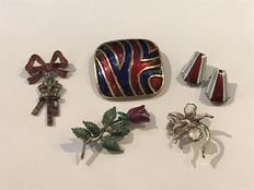 Silver enamelled brooches and earrings