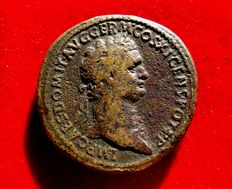 Roman Empire - Domitian (81-96 A.D.), bronze sestertius ( 25,08 g. 34 mm.), Rome mint, april-november 85 A.D. GERMANIA CAPTA. Very rare.