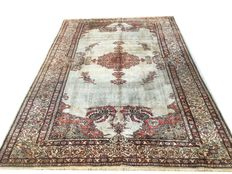 Splendid silk rug: Kayseri 100% silk rug. 360 x 250 cm made around 1930.