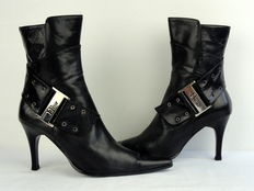 Christian Dior – ankle boots