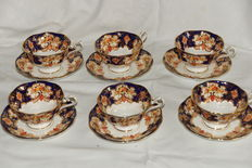 Six Tea cups and saucers Royal Albert/Heirloom