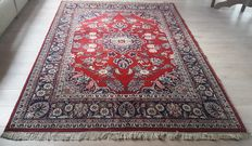 Beautiful Hand-knotted Oriental - Tabriz, 255cm  x 172cm