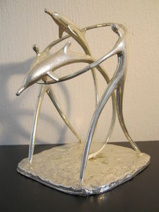 Corry Ammerlaan van Niekerk - graceful silver plated sculpture - manufactured in commission