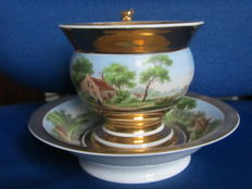 Large Cabinet cup and saucer with lion's head ear and panoramic landscape