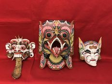 Lot of 3 traditional masks – Bali – Indonesia