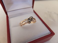 Yellow gold, 14 kt women's ring set with two rose cut diamonds, Europe, circa 1890