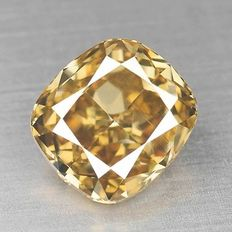 0.80 ct Cushion Geslepen Diamant Natural Fancy Deep Yellowish Brown SI2
