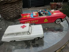 Ichiko and others, Japan - Length 18-27 cm - Tin ambulance and fire chief car with friction motor, 1960s
