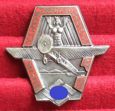Germany Third Reich Badge Inauguration of the Nuremberg airport in 1933. The enamelled version is very rare!