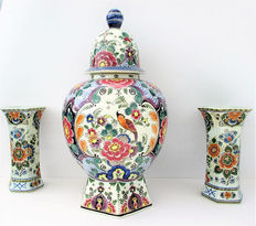 Large polychrome cabinet set, Delft, signed and numbered, mid 20th century