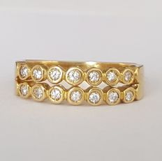 18 kt half-eternity double ring in 18 kt gold set with 14 diamonds – Size: 16.2 mm, 11/51 (EU)