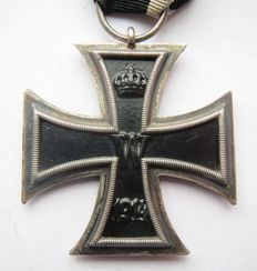"German original medal; iron Cross 2nd class by rare maker ""R'"" Alfred Rösner from Dresden - WW1"