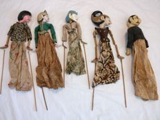 Lot of 5 wayang golek puppets – Java – Indonesia.