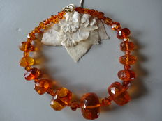 Large, Baltic amber necklace, from around 1920/1930, 218 g