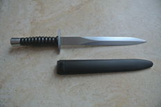 Swiss special forces / commando dagger - 20th century