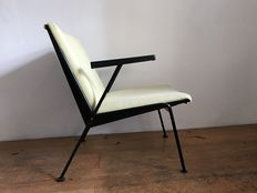 Wim Rietveld for Ahrend de Cirkel - Armchair/easy chair 'Oase' (Lot 1)