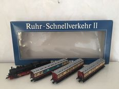 Fleischmann H0 - 4888 - Four part set with a Steam locomotive  BR38 with a towed tender , Special Edition