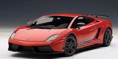 AUTOart - Scale 1/18 - Lamborghini Gallardo LP570-4 Superleggera - Colour: Red