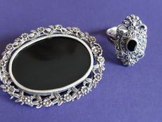 Silver set of brooch and ring with onyx/marcasite, handmade