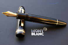 Superb 18K Montblanc Meisterstück 149 Fountain Pen from the 1980s
