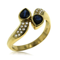 18K gold. Diamond and Sapphire Ring. Ring size: 52-16 1/2-M (UK)