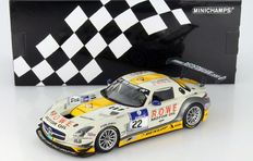 Minichamps - Scale 1/18 - Mercedes-Benz SLS AMG GT3 Rowe Racing #22 ADAC 24H Nurburgring 2013