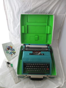 Ettore Sottsass for Olivetti – typewriter model 'studio 45'