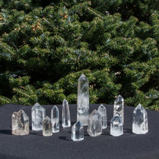 Collection of Rock Crystal points - 4,5 to 14cm - 1.138 kg  (12)