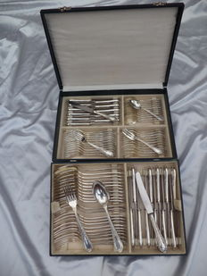 Cutlery case Antique 84-piece silver plated 100 stamp 1900-1950