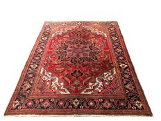 Remarkable Persian rug: Antique Heriz 292 x 212 cm - Iran - c. 1940