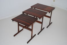 Unknown designer – rosewood 3 nesting tables