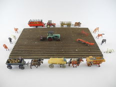 Wiking/Preiser/e.a. H0 - 17- Piece farming layout set ERA  1-3: 2 tractors with trailers, plough, and hay rake 4 horses-carts and a potato harvester [675]