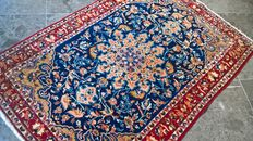 Semi-antique Persian Isfahan with detailed design and beautiful colours
