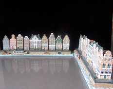 18 canals of Amsterdam buildings polystone cast, with 2 canals and docks and 2 ships