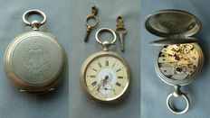 Key lift men key antique pocket watch
