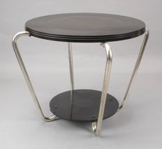 Art Deco bakelite and chromed metal round coffee/side table
