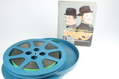 16 mm sound film of Stan Laurel & Oliver Hardy, Busy Bodies