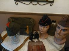 Lot with French Militaria