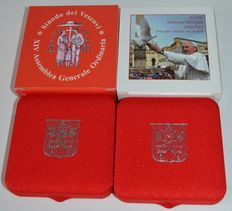 "Vatican city – 5 euros 2015 ""Synod of Bishops"" en 5 euro ""World Day of Peace"" (2 coins) – silver"