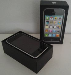 Apple iPhone 3GS 8GB - With box!