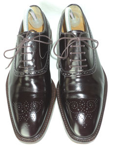 Santoni - Lace Up Oxford Brogues