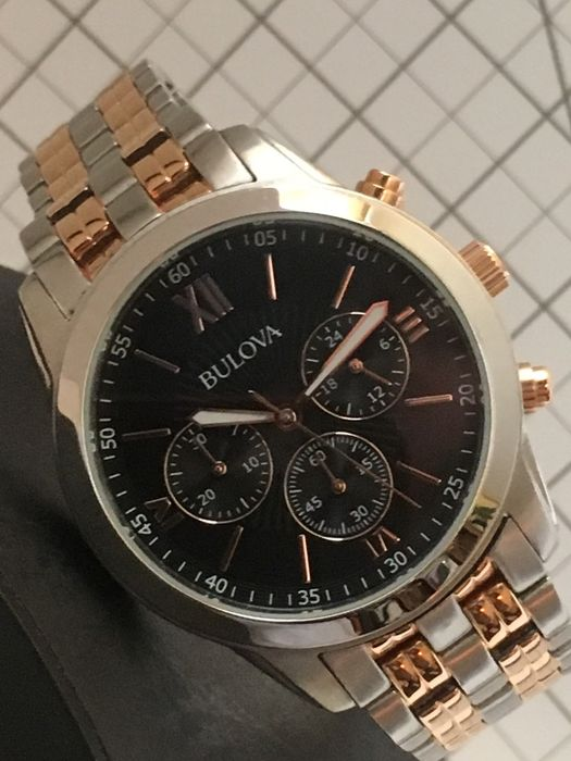 Bulova — Luxury Sports Chronograph - 2017 - unworn, in mint condition — Men